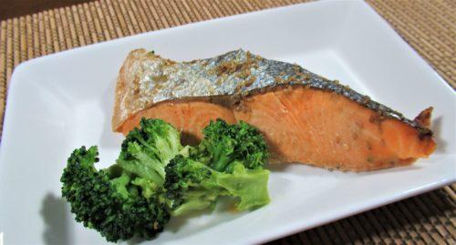 ナッシュ・鮭のごま風味焼き