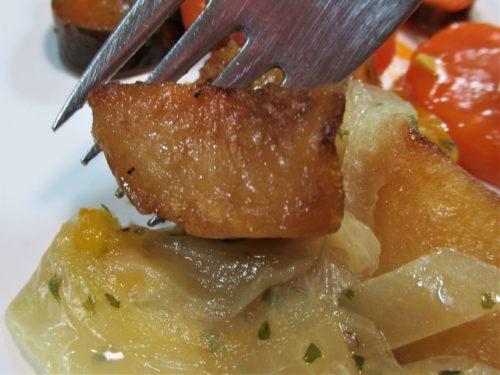スギサポdeliじゃがいもと玉ねぎのバター風味炒め