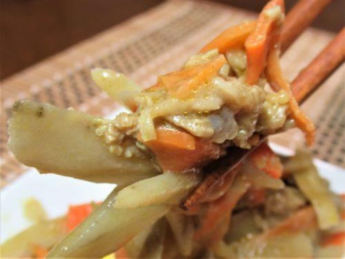つるかめキッチン・牛蒡と牛肉のカレーマヨネーズ